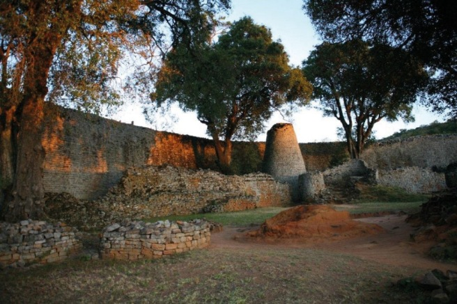 great_zimbabwe_ruins__large