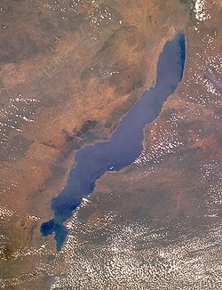 250px-lake_malawi_seen_from_orbit